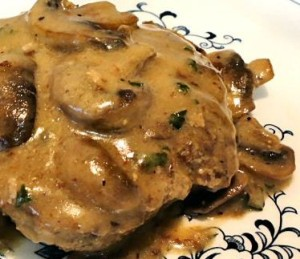 Turkey burger with mushroom sauce